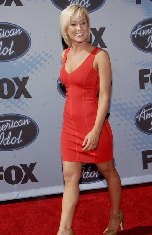 Kellie Pickler Dress Herve Leger Red V Neck Bandage Dress