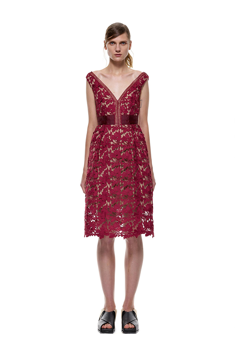 Herve Leger White And Red Multi Color V Neck Lace A Line Dress