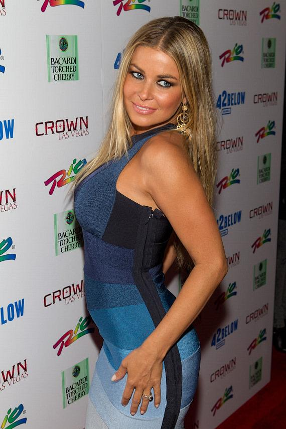 Carmen Electra In Herve leger Dress