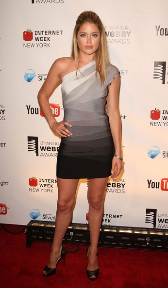 Doutzen Kroes Dress Herve Leger One Shoulder Grey Bandage Dress