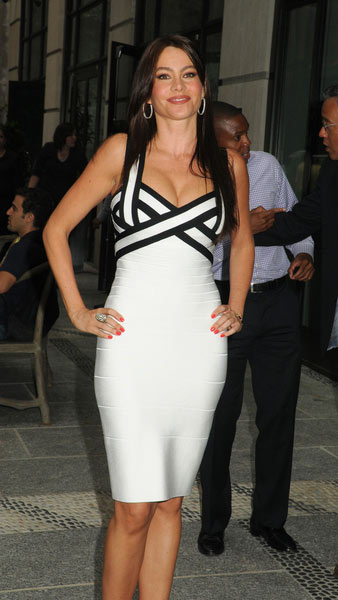 Sofia Vergara Dress Herve Leger Black And White Dress